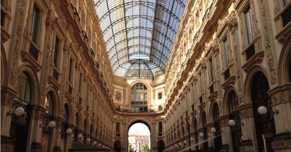 Galleria Vittorio Emanuele II. Tra storia e mondanità