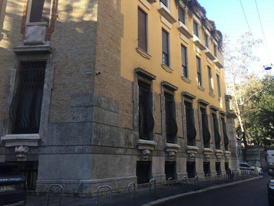 A Milano, sulle tracce di Thea Caslbore Rasini. Villa Rasini
