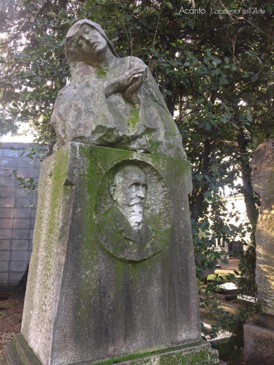 A Milano, sulle tracce di Thea Caslbore Rasini. Cimitero Monumentale. Tomba Vignoli